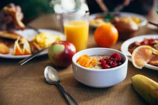 healthy breakfast for the elderly
